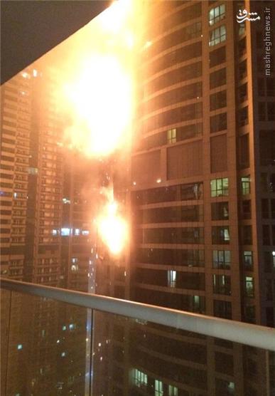 آتشسوزی مهیب در آسمان خراشی در دبی+ فیلم