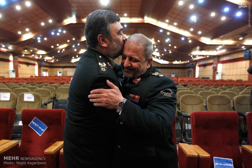عکس/بوسه اشتری بر سر احمدیمقدم