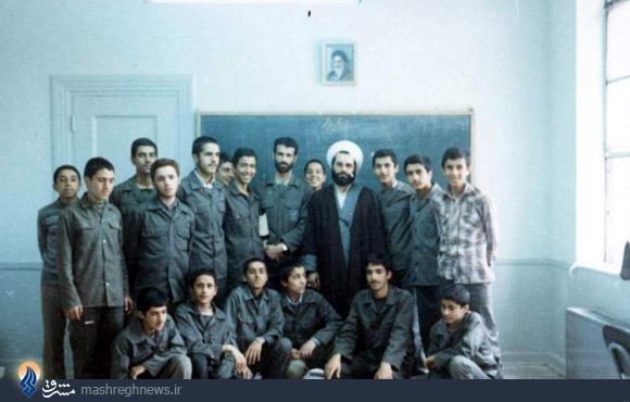 تاریخچه دبیرستانی با 100 شهید+تصاویر