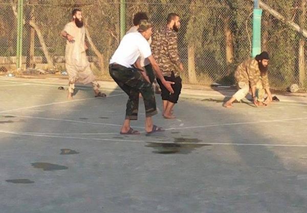 تیم فوتبال داعش+عکس