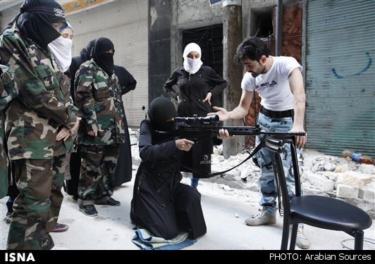 ابتکار عمل جدید داعش درباره زنان+عکس