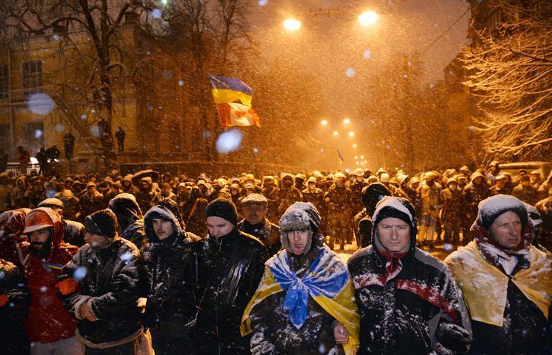 بروکینگز: بعد از ونزوئلا و اوکراین، منتظر اعتراضات مدنی در ایران باشید