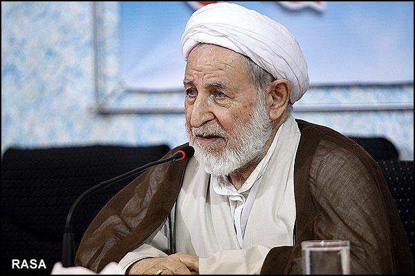 هاشمی مخالف اعلام مرجعیت مقام معظم رهبری بود / ایشان حتی در سختترین شرایط نیز مطالعات علمی را رها نمیکرد