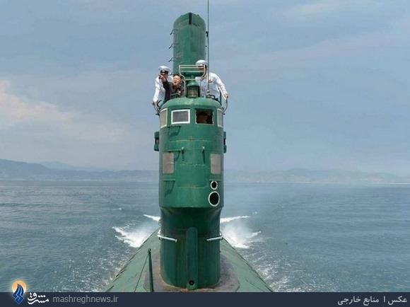 عکس/ بازدید کیم اون از یک زیردریایی