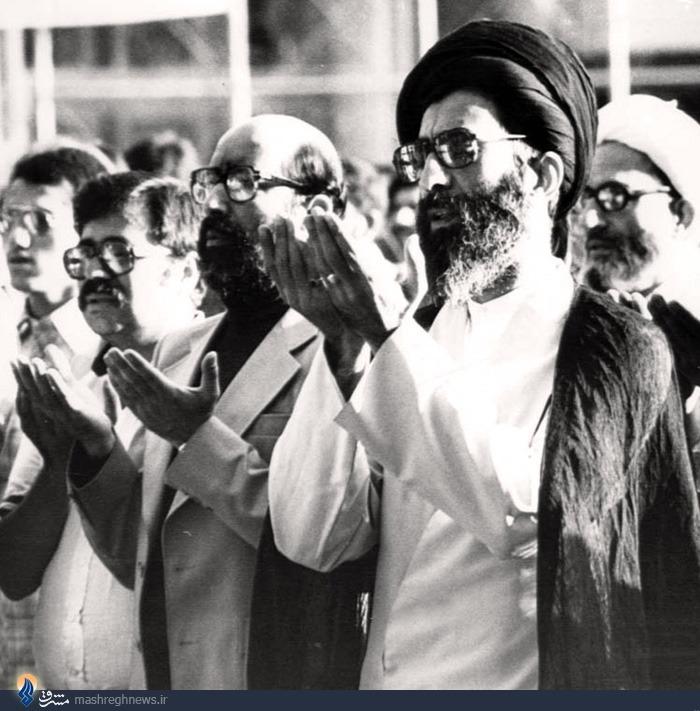 عکس/اقتدای چمران به رهبری
