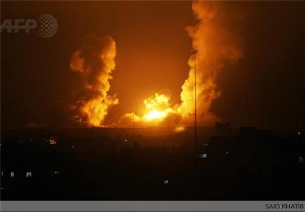 حمله ارتش اسرائیل به غزه از هوا و دریا