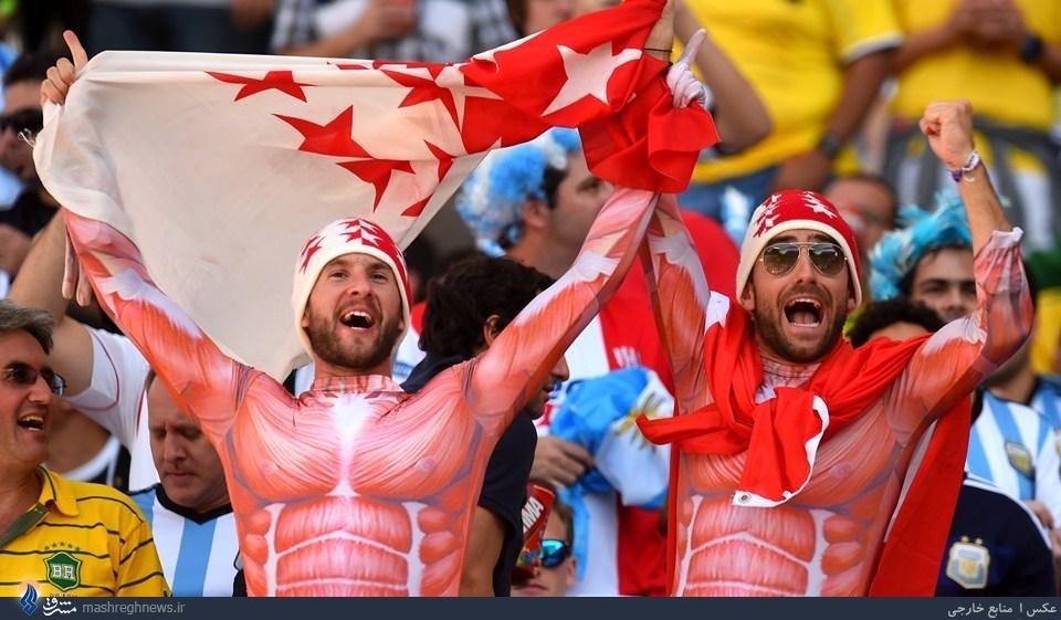 عکس/ لباس عجیب هواداران سوئیس