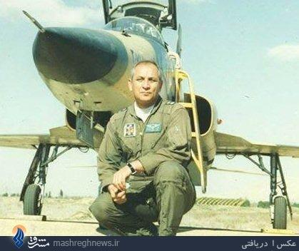 عکس/ خلبان ایران140 در زمان جنگ
