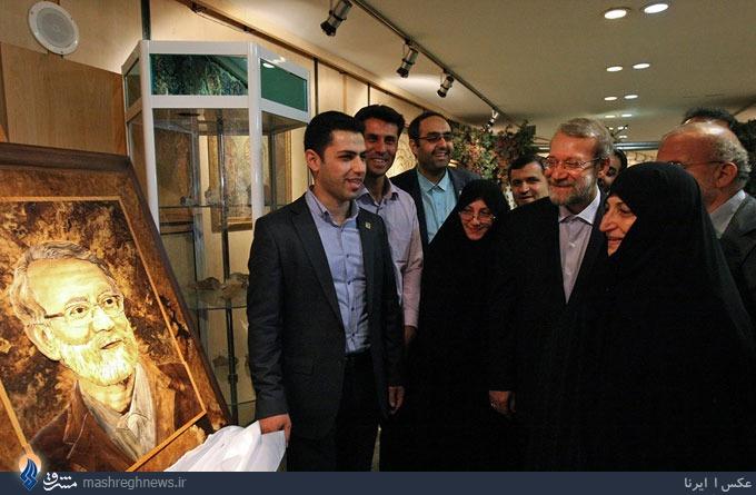 عکس/ چوبکاریِ رئیس مجلس