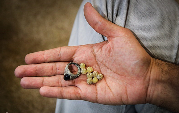 عکس/انگشتر و تسبیح شهید،بعد از 31سال