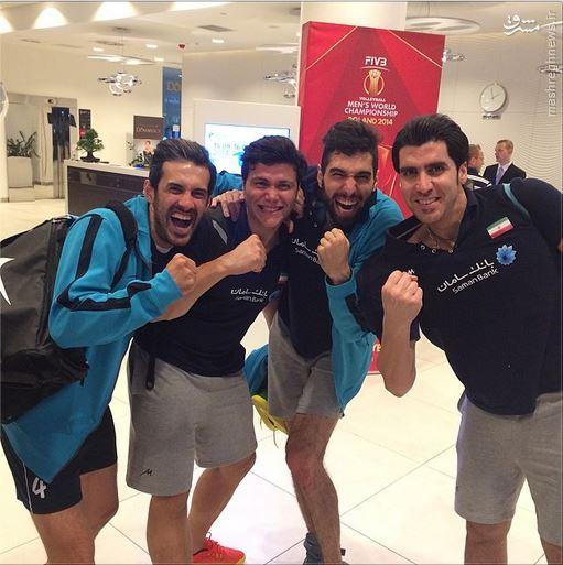 عکس/خوشحالی والیبالیستها بعد از پیروزی