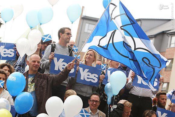 چرا وزارت حارجه درباره رفراندوم اسکاتلند موضعگیری نمیکند/دستگاه دیپلماسی ما حاضر به سرشاخشدن با غرب نیست/مردم ایران با مردم اسکاتلند مشترکات زیادی برای نفرت از انگلیسیها دارند