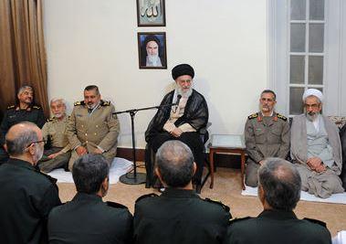 ایستادگی ملت ایران بسیاری از شخصیتهای دنیا را به «دفاع مقتدرانه با دست خالی» معتقد کرد/ دفاع مقدس نشان داد میتوان در مقابل زورگویی و توقعات بیجای قدرتها ایستاد