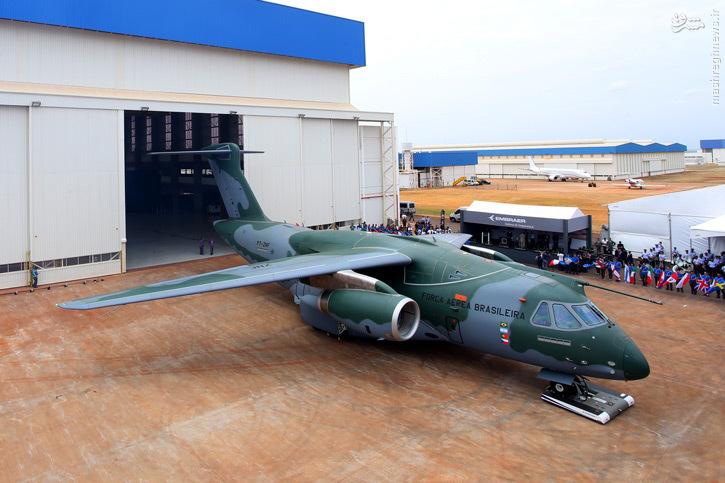 خروج اولین هواپیمای ترابری برزیل از خط تولید+عکس