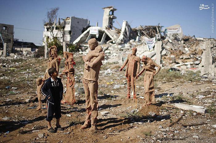عکس/اقدام جالب یک هنرمند فلسطینی