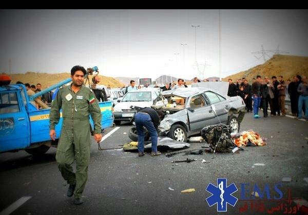 تصادف منجر به فوت در اتوبان قم + عکس - مشرق نیوز