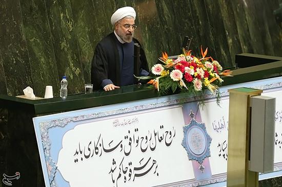 آغاز دفاع رئیسجمهور از چهارمین وزیرپیشنهادی/ روحانی: برای انتخاب وزیر تحت فشار هیچ جناحی نیستم