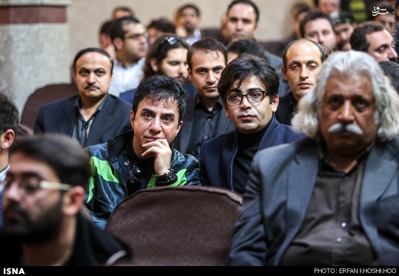 عکس/ آزاده نامداری و فرزاد حسنی در مراسم ختم مرتضی پاشایی