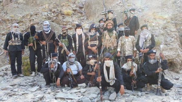 خشم رهبر گروه تروریست جیش العدل از حصر موسوی و کروبی