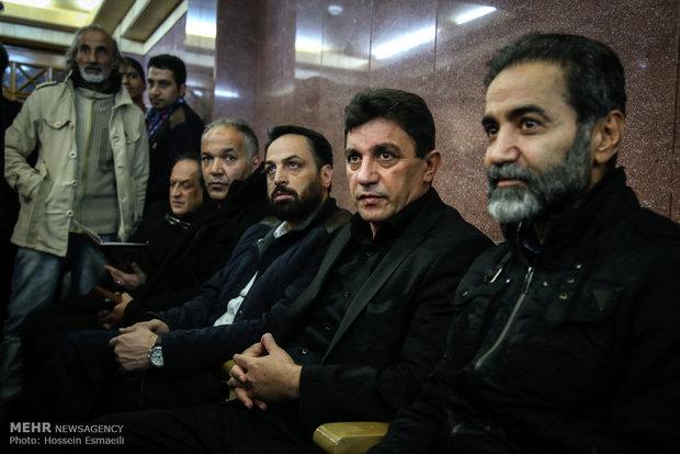 عکس/ فوتبالی ها در مراسم ترحیم ارجمند
