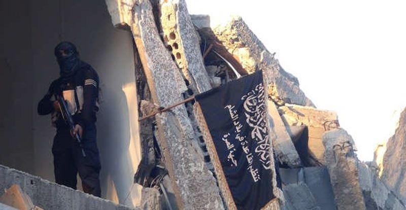 حماس بار دیگر مزه دوری از محور مقاومت را چشید؟این بار حماس با داعش و النصره می جنگد!