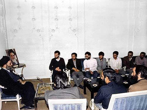 ناگفتههای دیدار رهبر انقلاب با شهید آوینی + فیلم
