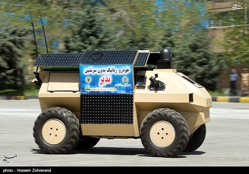 رونمایی از اس 300 ایرانی و ربات مسلح نزاجا/ «خیبر و رسول»؛ بازوهای جدید اطلاعاتی ارتش