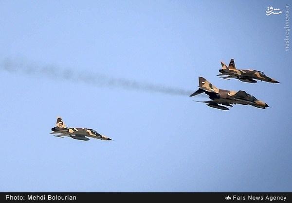 پرواز جنگنده صاعقه 2کابین در آسمان تهران+عکس