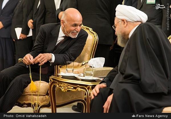 عکس/ تسبیح رئیس جمهور افغانستان