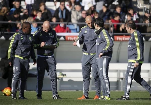 همه دستیاران زیدان در رئال مادرید در یک قاب