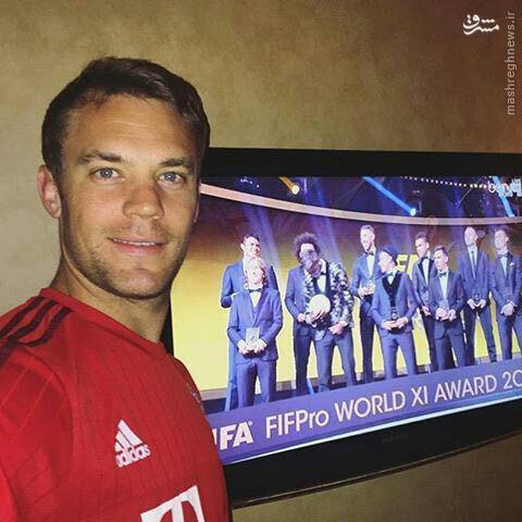 عکس/ حرکت جالب دروازه بان تیم منتخب سال 2015 فیفا