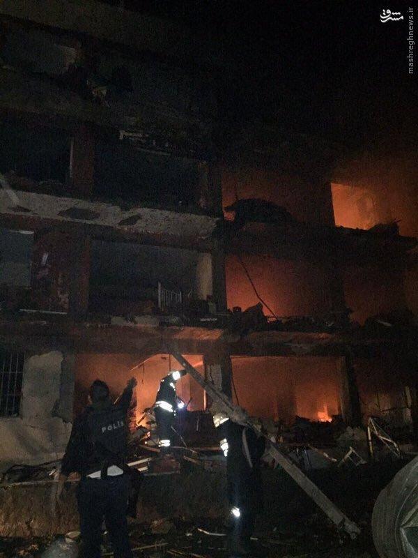 انهدام مرکز پلیس دیاربکر ترکیه+تصاویر