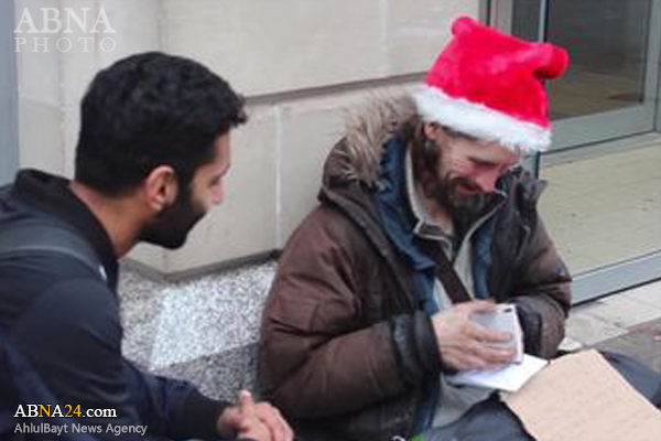 هدیه مسلمان انگلیسی به مسیحیان بیخانمان +عکس