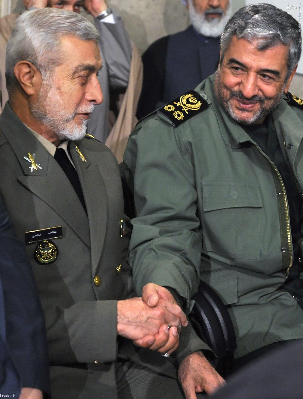 عکس/ خوش و بش فرماندهان کل سپاه و ارتش