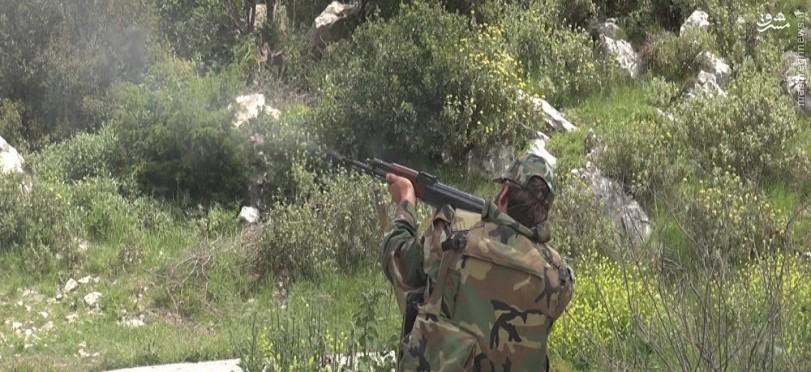جیش الفتح در ادلب در آستانه فروپاشی/شکست داعش در حمص و فرار از ریف حلب/غافلگیری النصره در درعا
