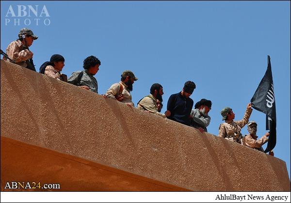 اعدام فجیع جوان عراقی به دست داعش + تصاویر