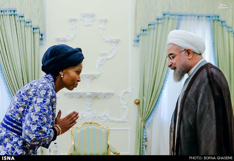 عکس/ تعظیم خانم وزیر به روحانی