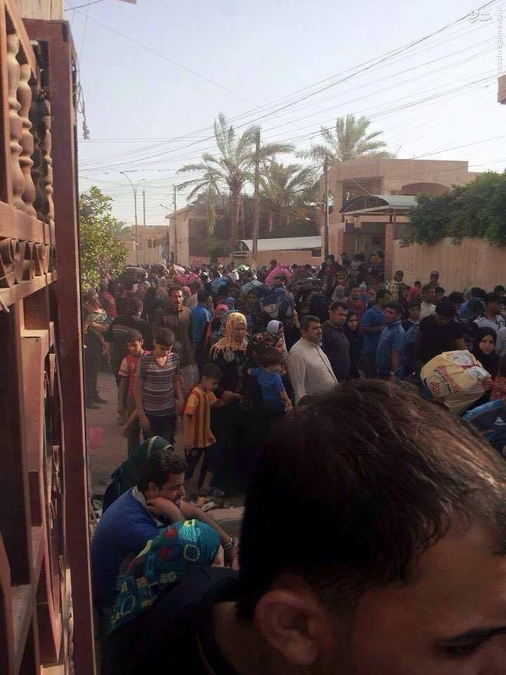فرار خانواده های عراقی از دست داعش +عکس