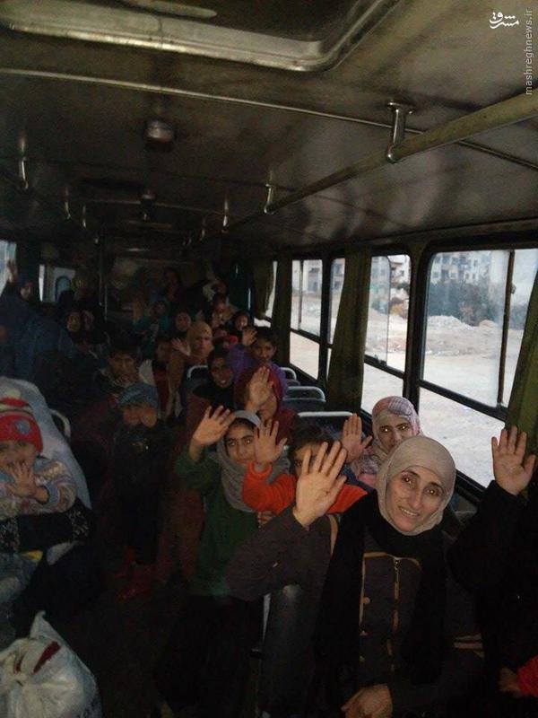 تظاهرات ساکنین غوطه شرقیه علیه زهران علوش/فرار دسته جمعی خانواده ها از حکومت جیش الاسلام/مدافعان حرم در حال آماده باش