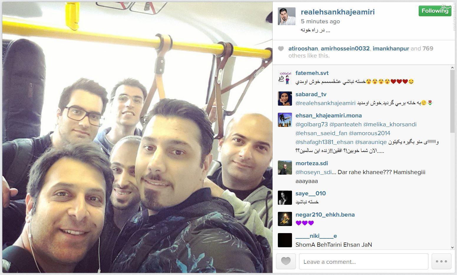 سلفی خواجهامیری با مردم در اتوبوس