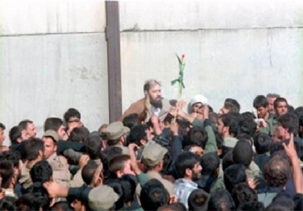 عکس دیده نشدهای از یادگار امام در سوگ امام