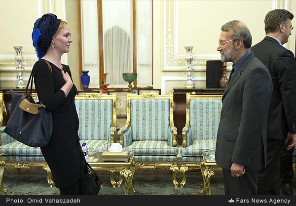 سیاستمداران مرد و زن در دنیا چگونه لباس می پوشند؟