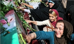 واکنش گاردین به حضور مردم ایران در مراسم تشییع غواصان