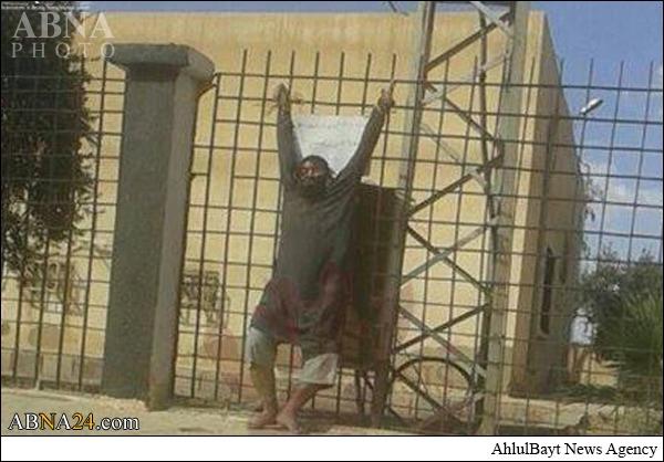 به صلیب کشیده شدن مرد سوری به دست داعش +عکس