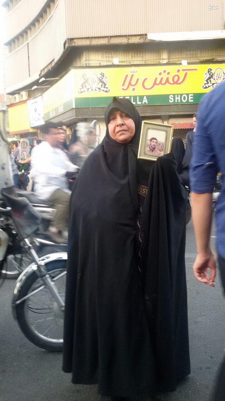 گزارش داستانی جواد توسلی از روز تشییع شهدا