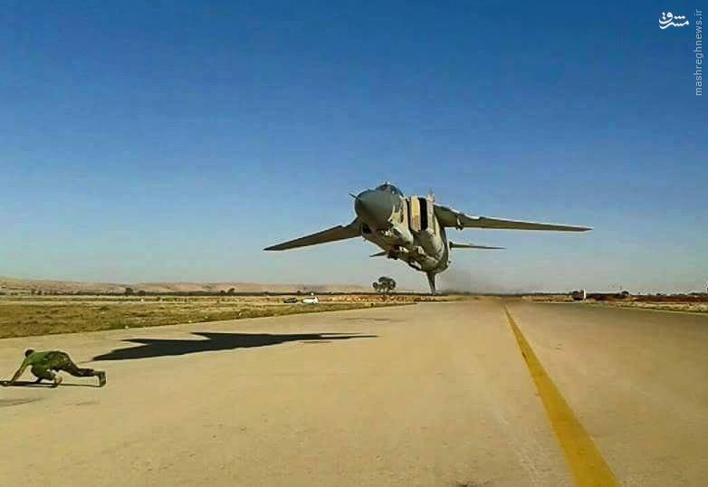عکس/ پرواز دیوانه وار میگ 23 لیبیایی