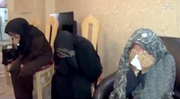 عکس/خانواده شهید بمانی در لحظه شنیدن خبر آمدن عزیزشان