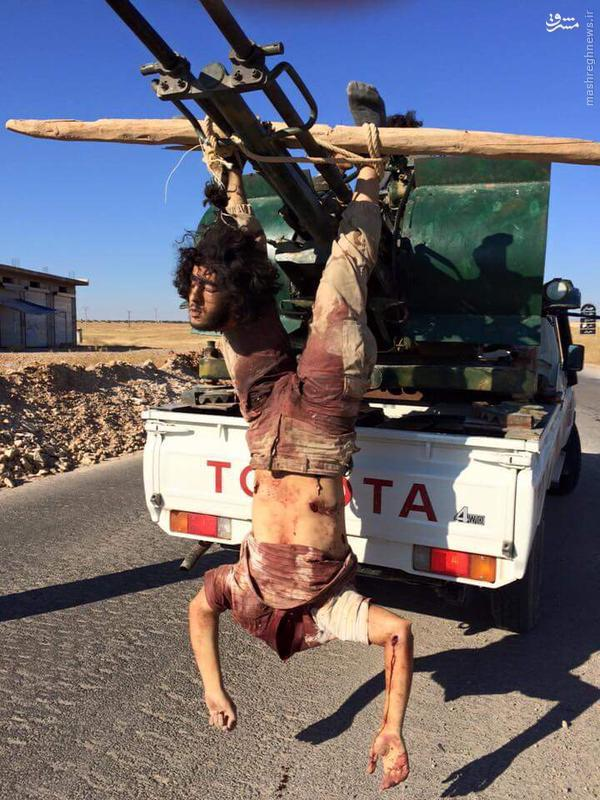 اعدام دو عضو داعش بدست النصره در حماه+تصاویر