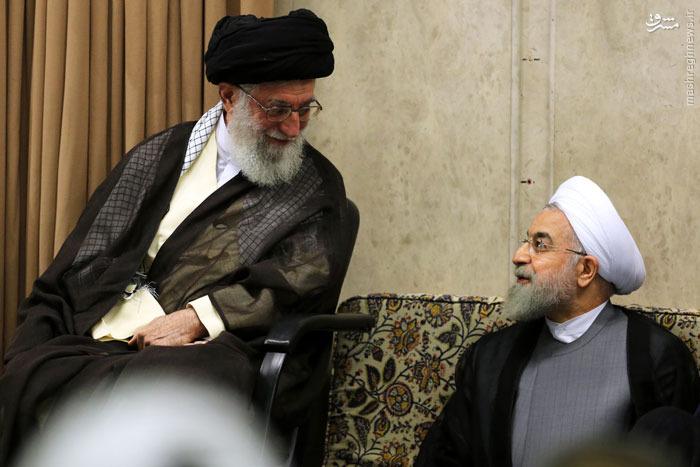 عکس/ خوش و بش روحانی و رهبر انقلاب