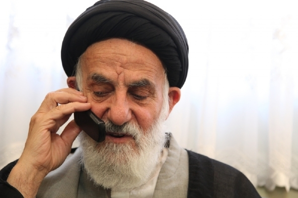 ماجرای نامه هشدار آمیز آیتالله خامنهای به استاندار مشهد
